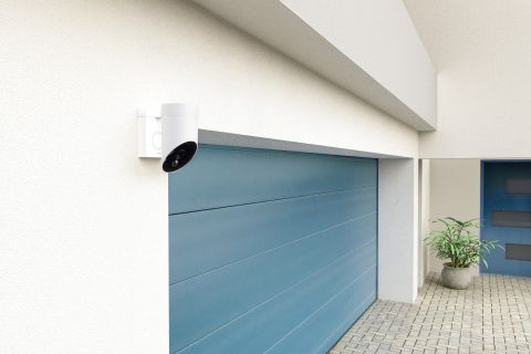 20191019Somfy Outdoor Camera - Lifestyle 3